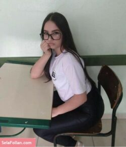 Adriana Contreras Colegiala Infernal